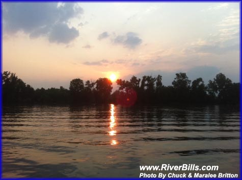 Another. PICTURE OF THE DAY. RIVER SUNSET. click on pic to enlarge